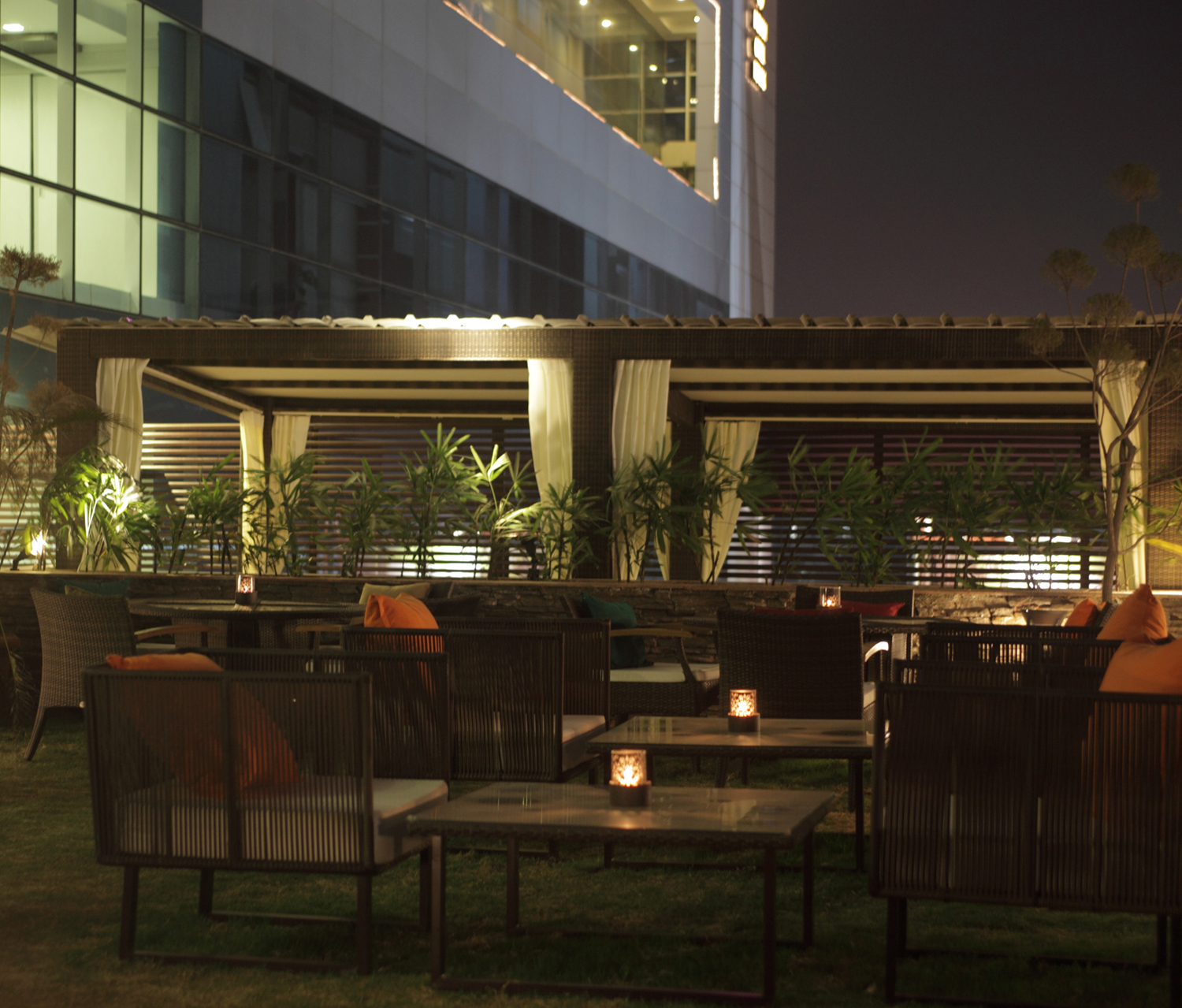 Food style city for Open terrace restaurants