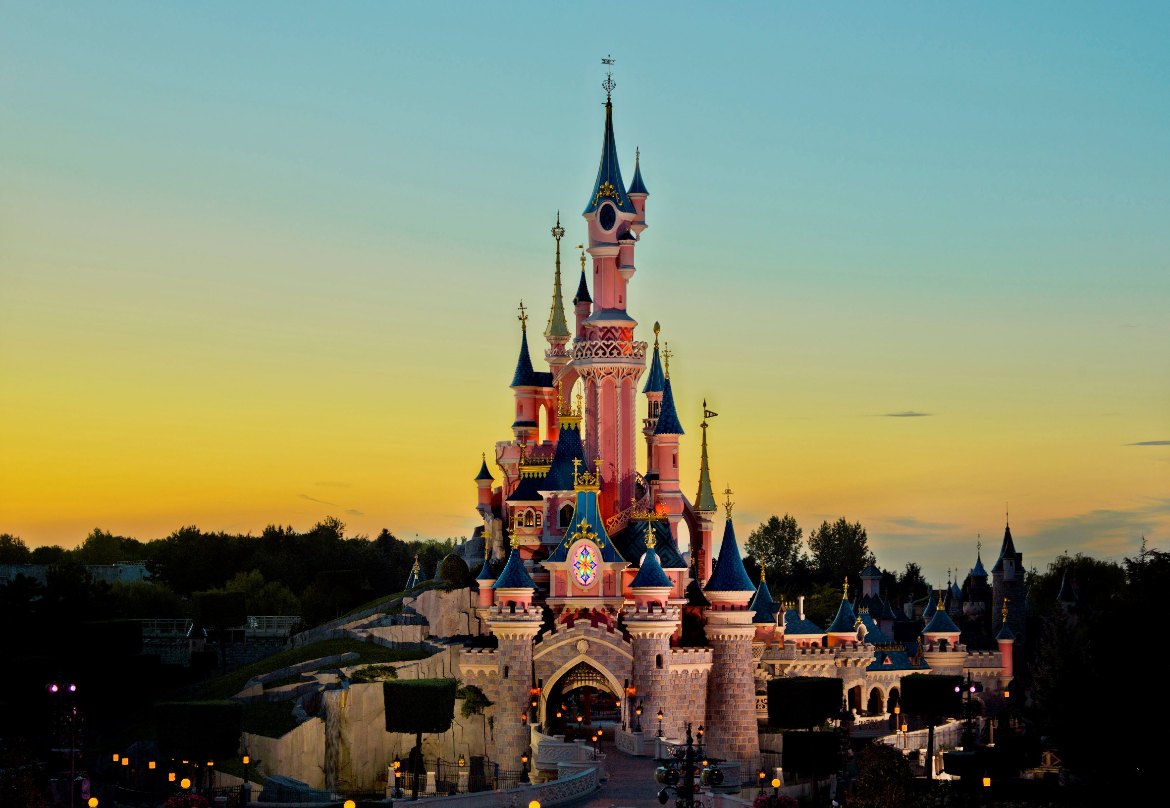 Season for new things the new features unveiled for disneyland paris