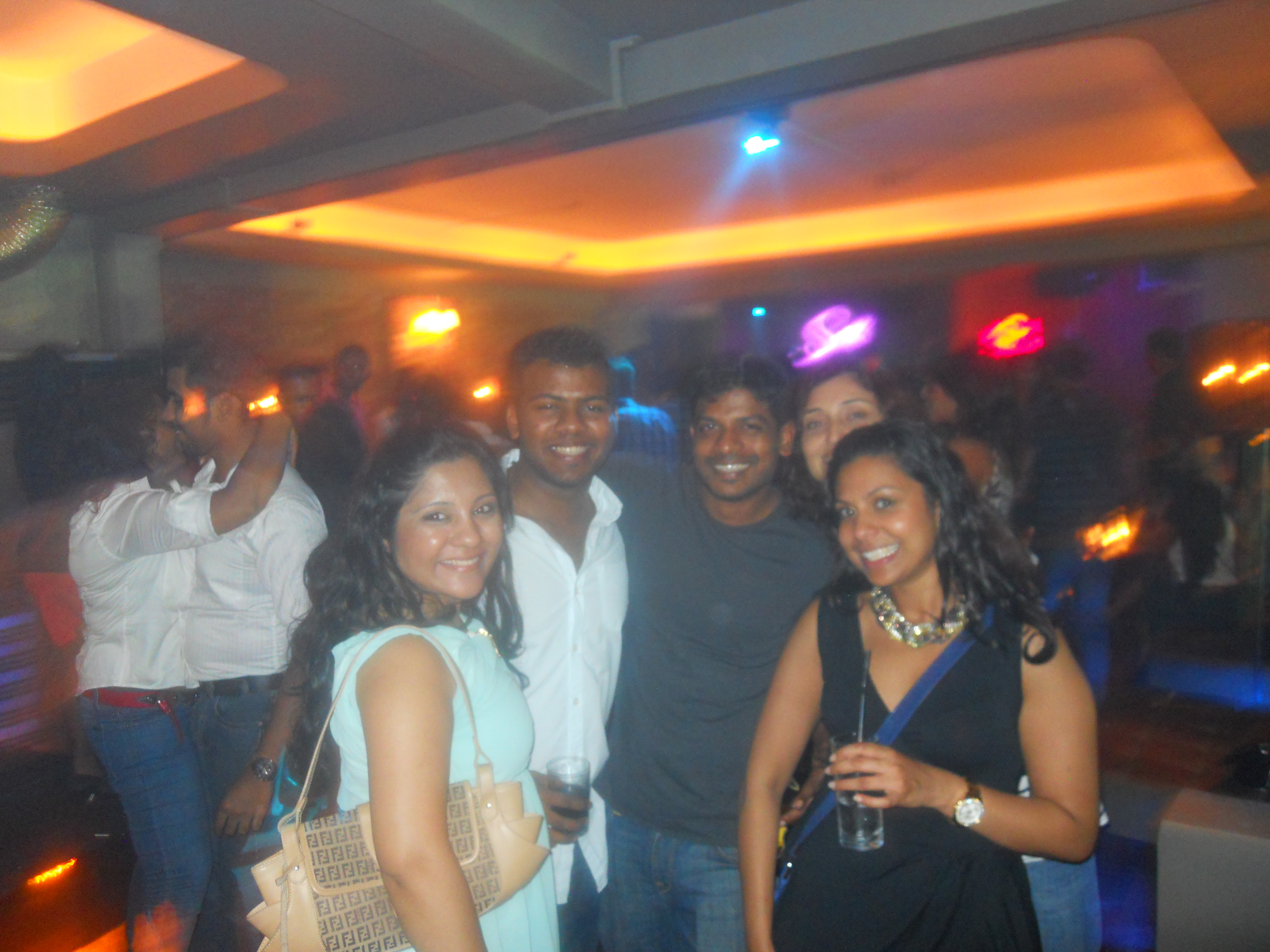 Sri lankan club girls