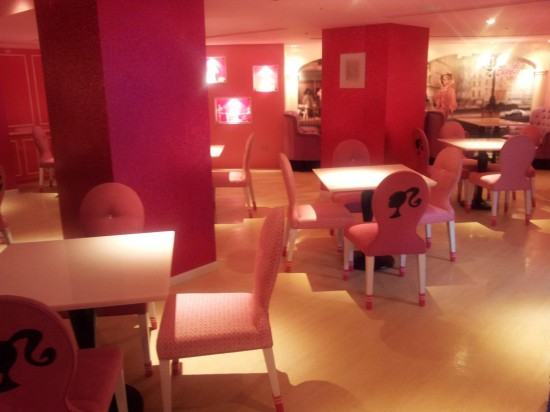 Barbie-Cafe-Taiwan