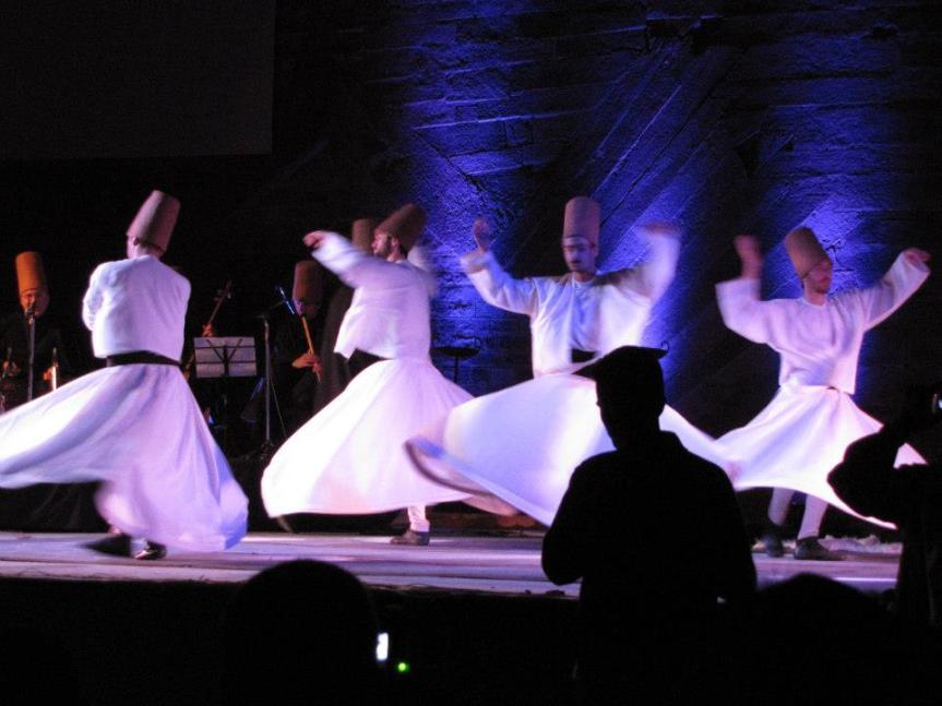 Sufi performers at Mehrangarh fort, Jodhpur. www.stylecity.in