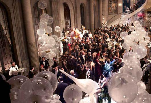13est-img-film-the-great-gatsby-film-scenes-screenshots-party-scene-2