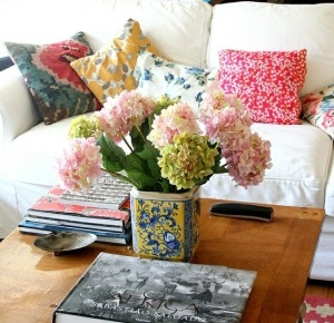 Colourful cushions for monsoon decor, www.stylecity.in