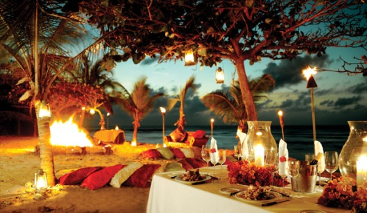 neckerisland-gallery-beach_bbq-li