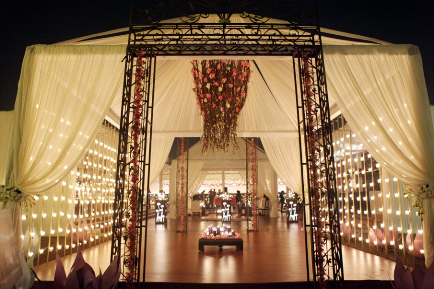 Rohit Bal Luxury Weddings, www.stylecity.in
