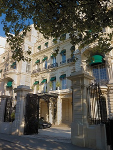 Shangri-La Hotel, Paris,www.stylecity.in