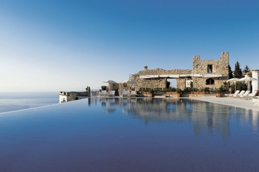 The Hotel Caruso pool on Italy's beautiful Amalfi Coast