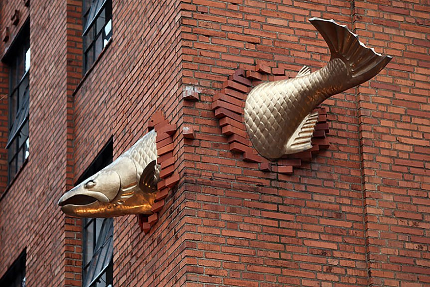 Salmon sculpture, Portland, Oregon, USA,www.stylecity.in