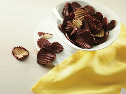 ROYCE' Potatochip Chocolate, www.stylecity.in