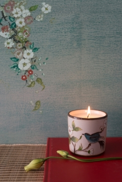 blue-dove-candle-ivoryoct-goodearth-2200